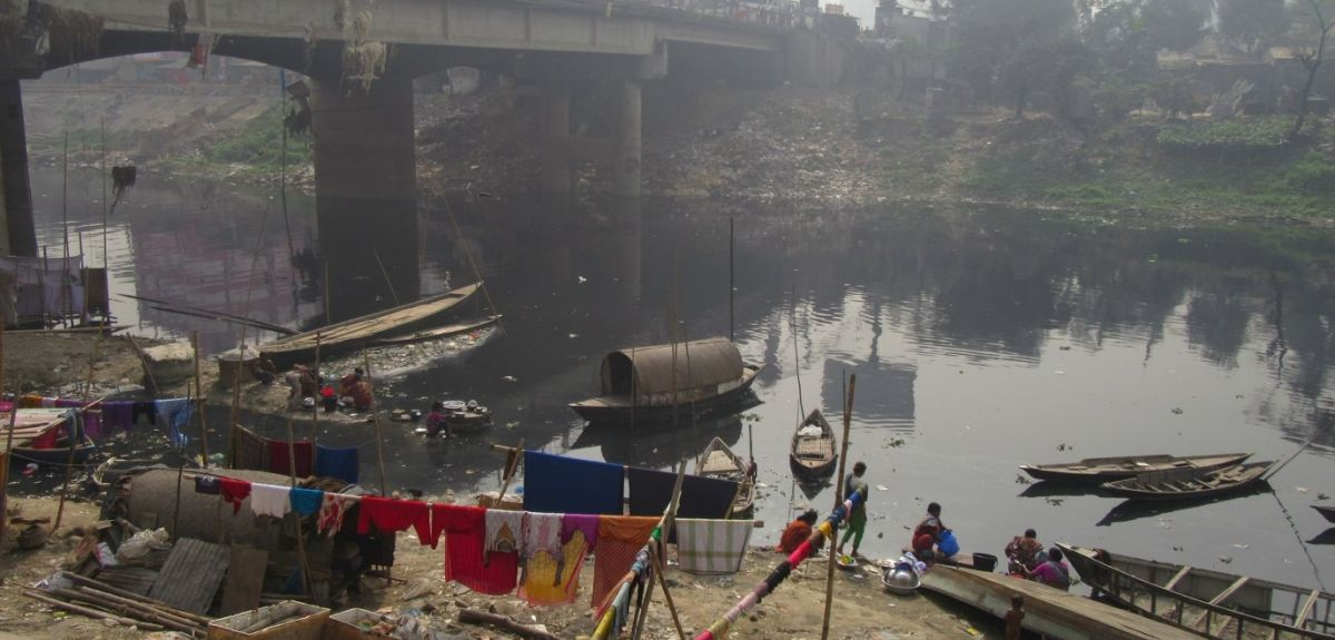 The water insecurity of the urban poor is highlighted, with cities facing ongoing risks from pollution and urbanisation as well as increasing demand. Better management and planning is essential