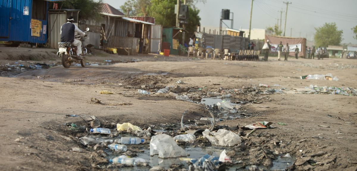 Sewage and rubbish in the street
