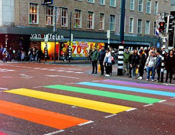 disc_conv_queer_city