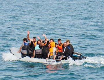Migrants in a rigid inflatable